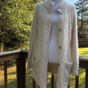 Free People Fuzzy Sweater Cardigan 2 front pockets